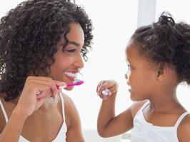 higiene dental en familia